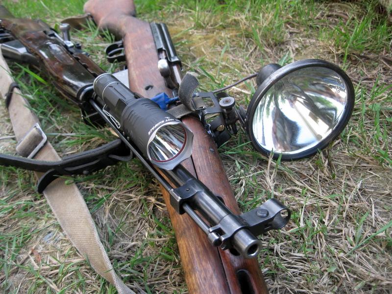 Светодиодных фонарь PREDATOR