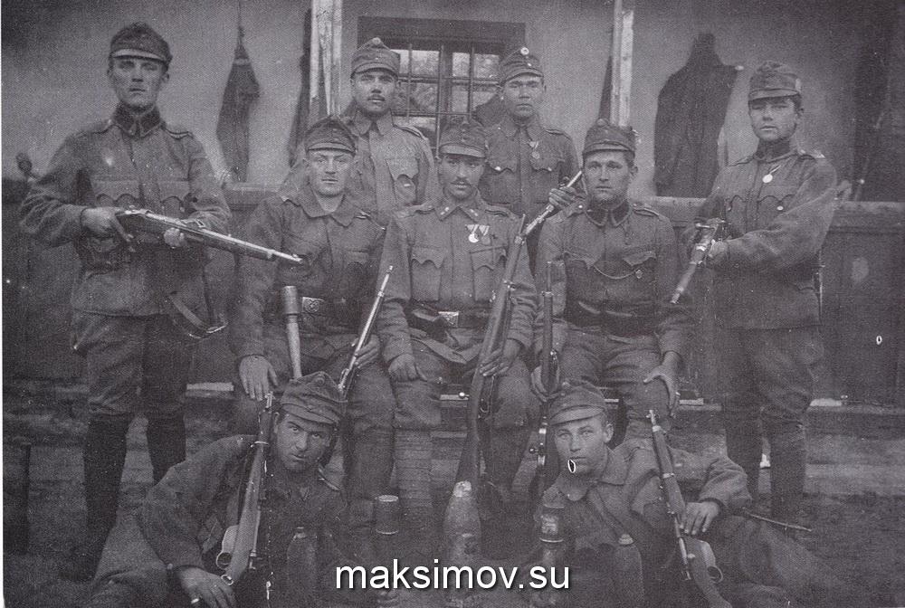 Команда австрийских егерей с карабинами M95