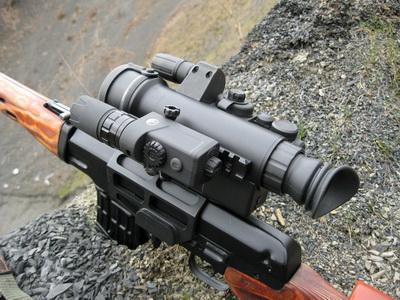 Лазерный ИК-фонарь Pulsar-L808