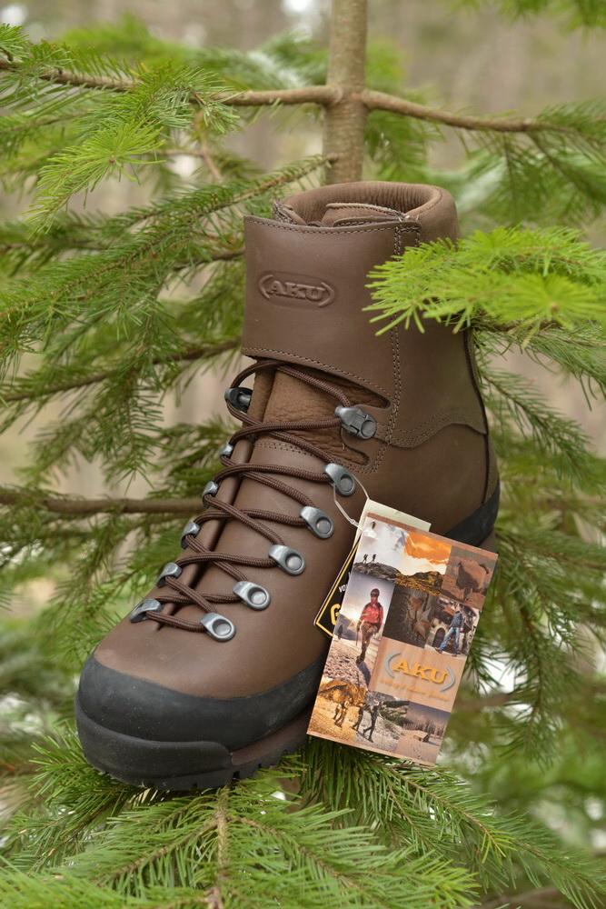 Ботинки охотничьи AKU Jager Low Top GTX