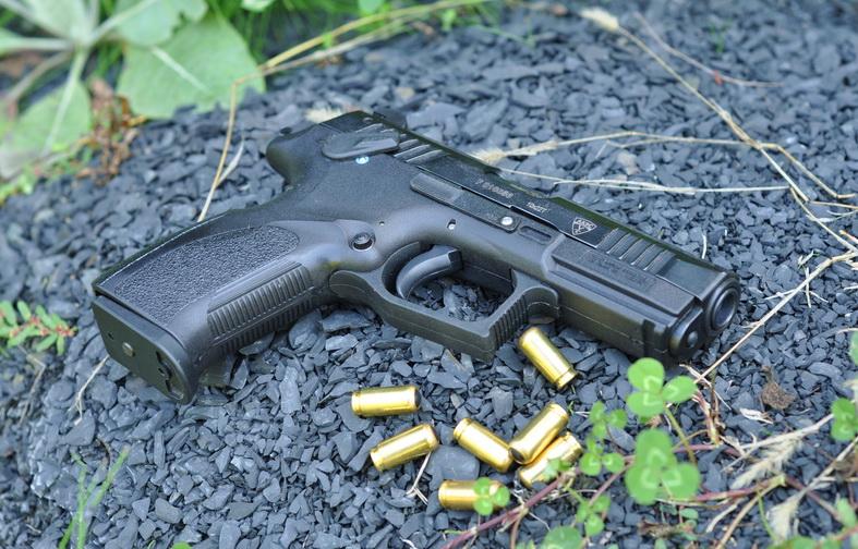 Травматический пистолет Т-10